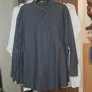 Long sleeved dress shirt